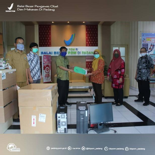 BBPOM di Padang meminjamkan Alat Real Time Polymerase Chain Reaction (RT-PCR) kepada Laboratoriun FK UNAND untuk digunakan sebagai pengujian swab test.
