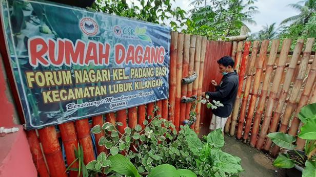 Rumah Dagang Forum Nagari Padang Besi.