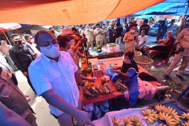 Andre Rosiade kunjungi Pasar Sungai Rumbai, Kabupaten Dharmasraya.