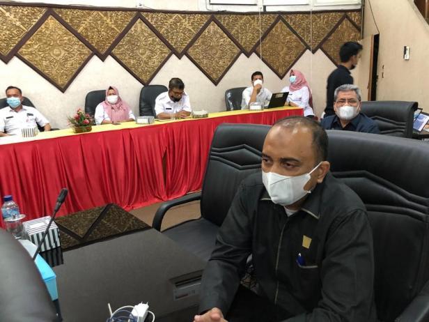 Rapat paripurna dalam rangka penyampaian usulan pemberhentian Walikota Padang dan pengangkatan dan pengesahan wakil Walikota Padang menjadi Walikota Padang di sisa jabatan 2019-2024, bertempat di Gedung DPRD Kota Padang