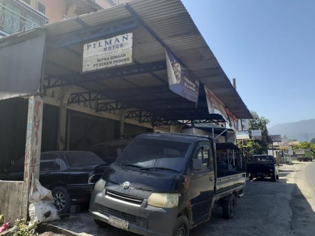 Bengkel Pilman Jaya Motor.