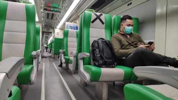 KA Minangkabau Ekspress tawarkan kenyamanan kepada penumpang kereta