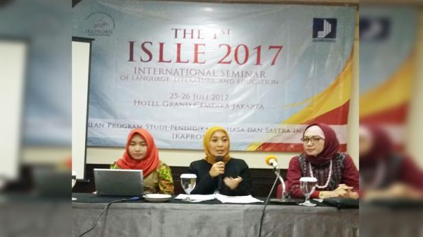 Diana Kartika dalam suatu kegiatan seminar Internasional