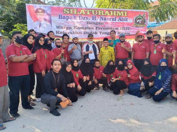 Wagub Sumbar Nasrul Abit dalam kegiatan peringatan HUT RI ke-75 di Dadok Tunggul Hitam