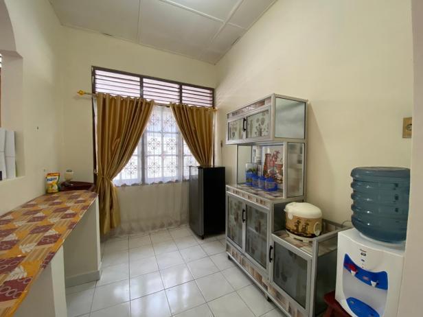 Dapur kering Rumah Singgah Yayasan Semen Padang