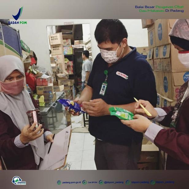 Pemeriksaan keamanan makanan yang beredar dilakukan BBPOM di Padang