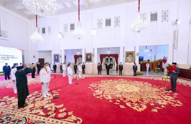 Salah satu rangkaian pelantikan Gubernur dan Wakil Gubernur Sumbar di Istana Negara