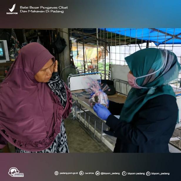 BBPOM di Padang beri bingkisan pada warga