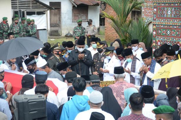 Doa bersama di Rumah Gadang Datuk Jindo Mangkuto di Tepi Selo Lintau Buo Utara