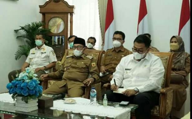 Pertemuan kepala daerah dengan pemerintah pusat