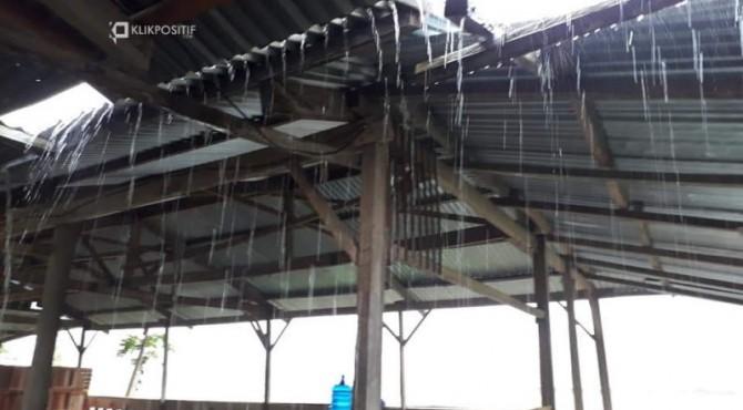Hujan di Wilayah Pesisir Selatan/KLIKPOSITIF