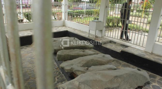 Batu Talempong di Jorong Talang Anau Nagari Talang Anau Kecamatan Gunuang Omeh Kabupaten Limapuluh Kota-Sumbar.
