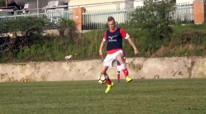 Tristan Koskor saat latihan bersama Semen Padang FC.