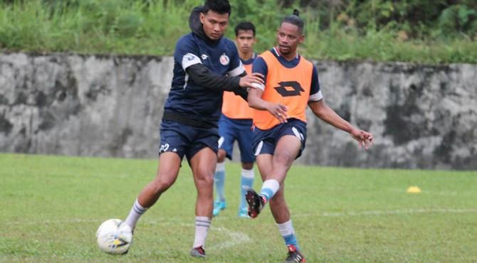 Vanderlei Francisco sudah bergabung latihan dengan para pemain Semen Padang FC.