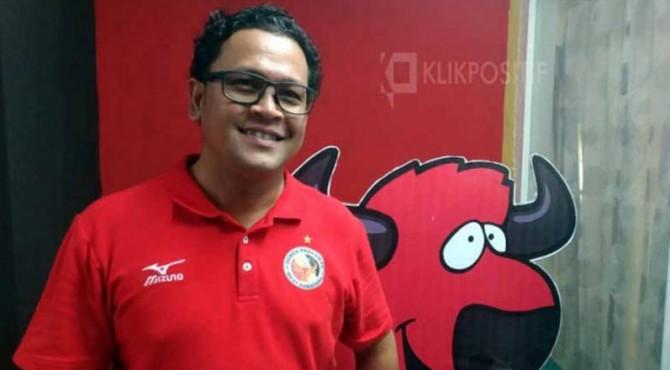 Manajer Semen Padang FC, Win Bernadino