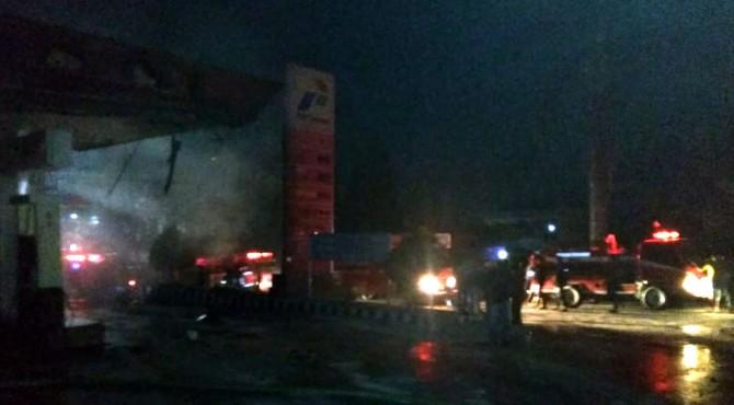 Suasana di lokasi kejadian saat api telah padam