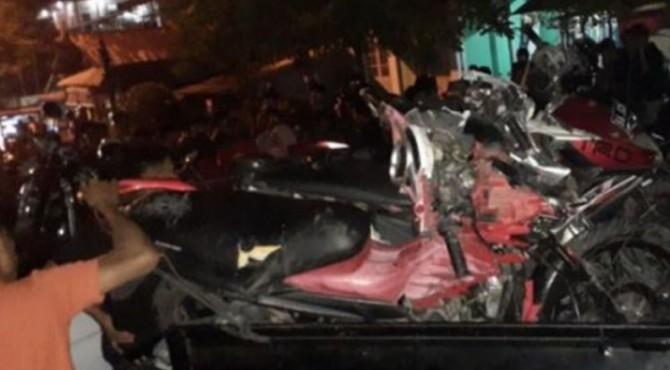 Sejumlah sepeda motor yang ditabrak mobil strada di Jalan M Hatta, diamankan polisi untuk dibawa ke Unit Laka Polrwsta Padang