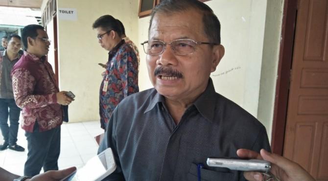 Bupati Padang Pariaman Ali Mukhni
