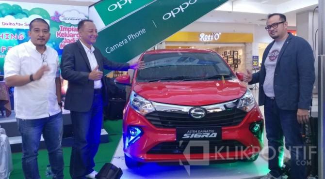 Peluncuran Daihatsu Sigra di Atrium Plaza Andalas