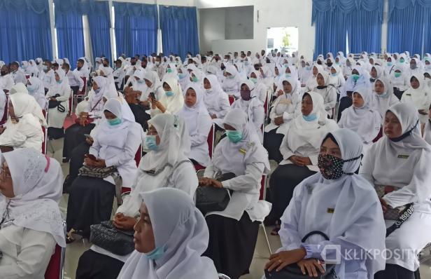 Poto P3K dilingkungan Pemerintah Pasaman Barat saat penyerahan SK pengangkatan