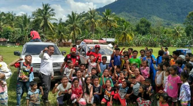 TRC Semen Padang bersama anak-anak Jorong Gelugur