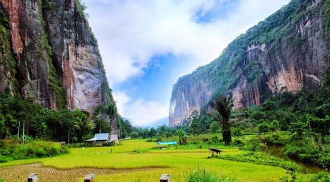 Lembah Harau.
