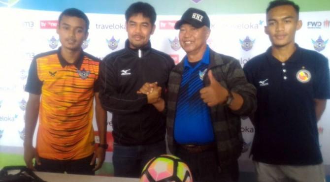 Technical meeting jelang pertandingan Persegres vs Semen Padang FC.