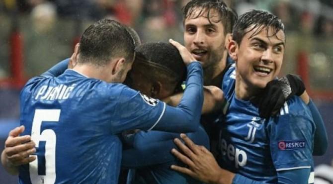 Juventus memastikan lolos setelah meraih tiga poin