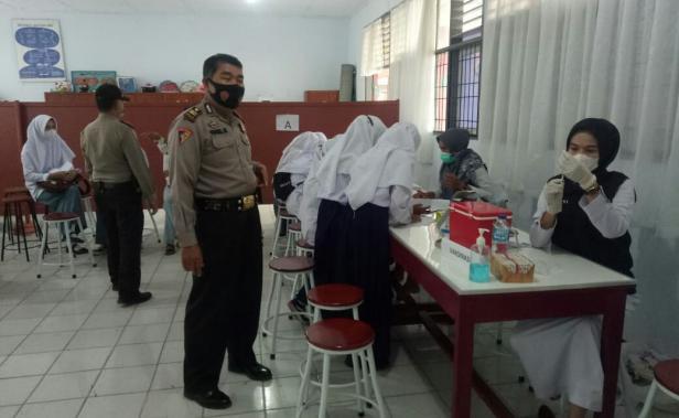 Pelajar di Kecamatan Rambatan mengikuti Gebyar Vaksinasi Badunsanak