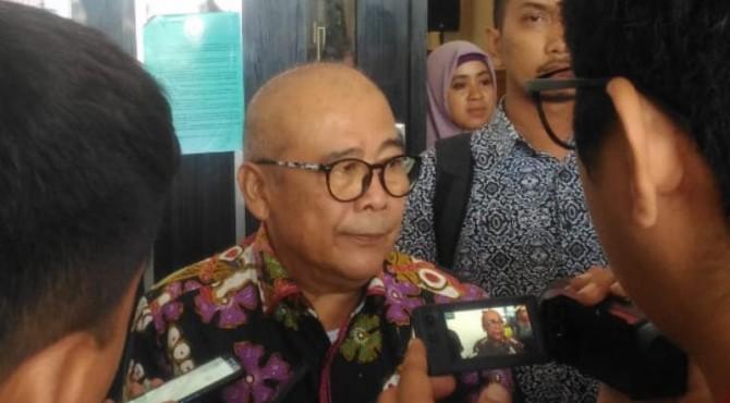 Pakar Hukum Pindana Lingkungan Unand, Sukanda Husin merupakan salah satu saksi ahli dalam persidangan kerusakan mangrove di Mandeh