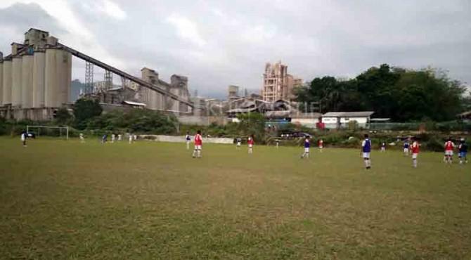 Semen Padang FC menggelar latihan ringan sekaligus trial terhadap pemain yang akan masuk skuat tahun ini.
