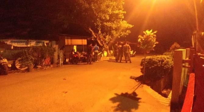 Kantor Satuan Polisi Pamong Praja (Satpol PP) Kota Padang di Jalan Tan Malaka, Kecamatan Padang Timur, diserang segerombolan anak Punk, Jumat 5 Juli 2019