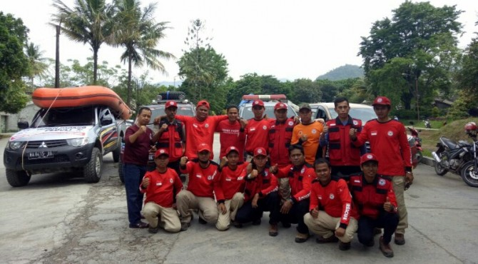 TRC Semen Padang sesaat sebelum berangkat ke Limapuluh Kota