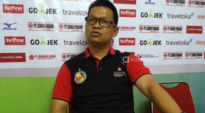 Pelatih Semen Padang FC U-20, Delfi Adri