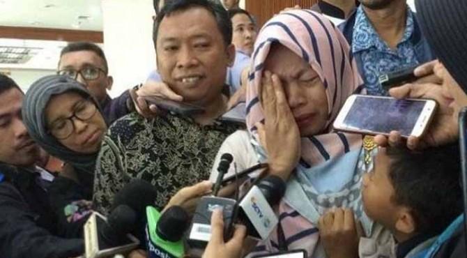 DPR setujui pemberian amnesti, tangis Baiq Nuril pecah, Kamis (25/7/2019).