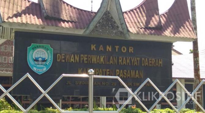 Kantor DPRD Pasaman