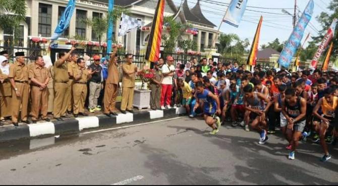 Lomba maraton dalam rangka memperingati HUT Kabupaten Pasaman