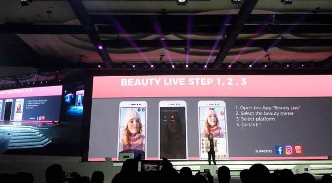 ASUS ZenFone Live dengan BeautyLive sehingga streaming tetap dengan wajah cantik.