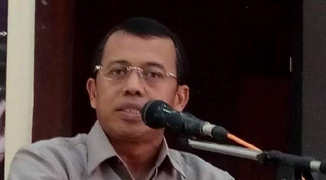 Rektor UNP Ganefri