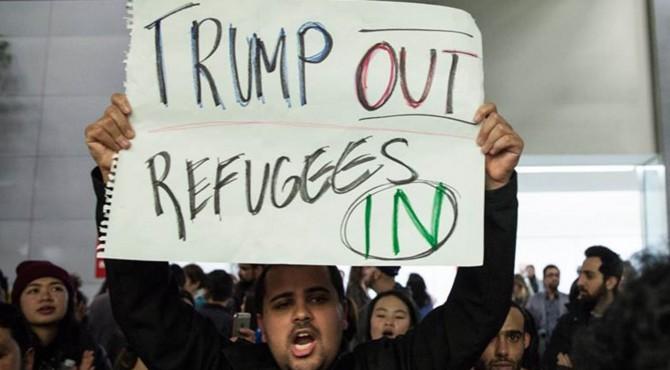 Administrasi AS untuk sementara menunda pemrosesan sebagian besar pengungsi dari 11 negara yang diidentifikasi berisiko tinggi