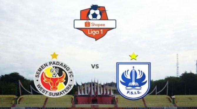 Semen Padang FC kontra PSIS Semarang.