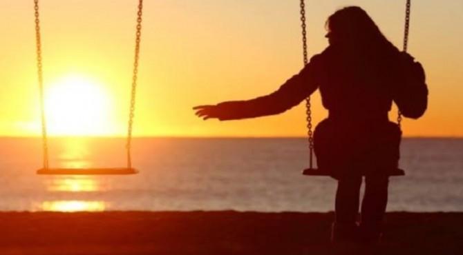 ilustrasi wanita kesepian