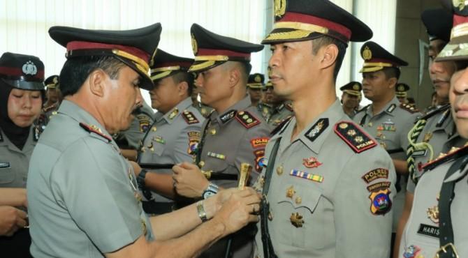 Kapolres Padang Panjang Kota, AKBP Sugeng Hariadi dilantik oleh Kapolda Sumbar