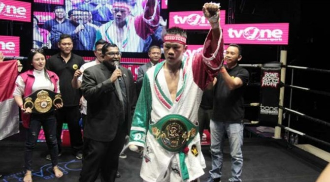 Petinju Indonesia, Daud Yordan memenangi pertarungan menghadapi Aekkawee Kaewmanee di Bone Night Club, Pattaya, Thailand, Minggu (4/8/2019) malam.