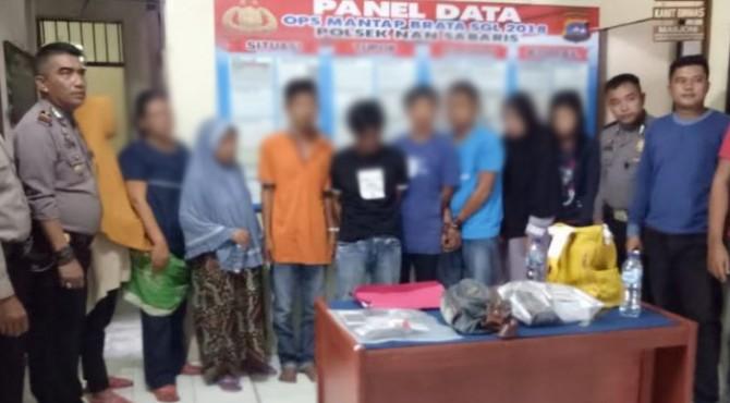 Sembilan orang ditangkap polisi karena diduga melakukan pencurian saat acara Basapa di Ulakan, Padang Pariaman.