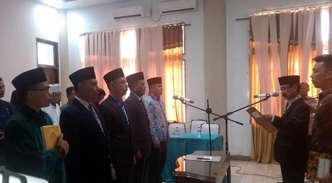 Bupati Solok Selatan Muzni Zakaria melantik Tiga Pejabat Tinggi Pratama dan Satu Pejabat Administrator