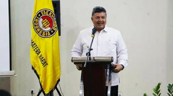 Walikota Solok Zul Elfian pimpin PBTI Sumbar periode 2019-2023.