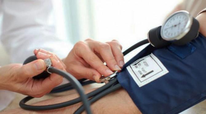 ilustrasi pemeriksaan hipertensi