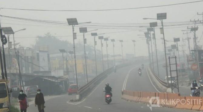 Kabut asap selimuti wilayah Bukittinggi beberapa waktu lalu