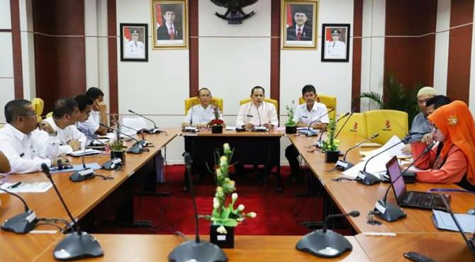 Wawako Solok, Reinier pimpin rapat evaluasi di Balaikota Solok